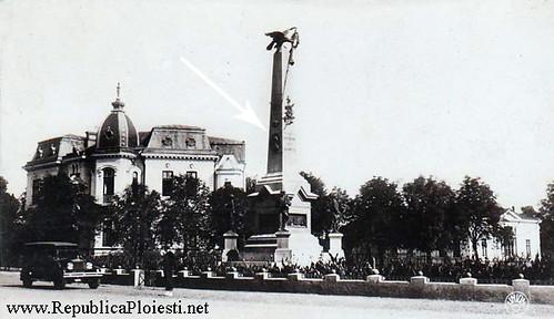 Monumentul Vanatorilor - 30