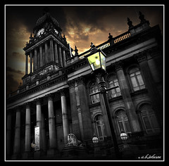 """light on"" leeds town hall (car 67) Tags: lamp psp leeds queenvictoria gaslight 1858 leedstownhall cuthbertbrodrick unusualviewsperspectives"