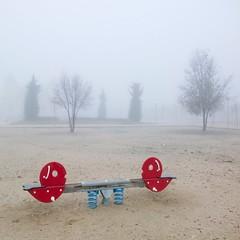 Children Park (Julio Lpez Saguar) Tags: madrid parque mist seesaw julio lonely niebla alcorcn columpio lpez childrenpark saguar