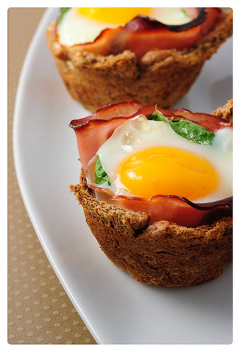 Egg, Ham, and Cheese Cups