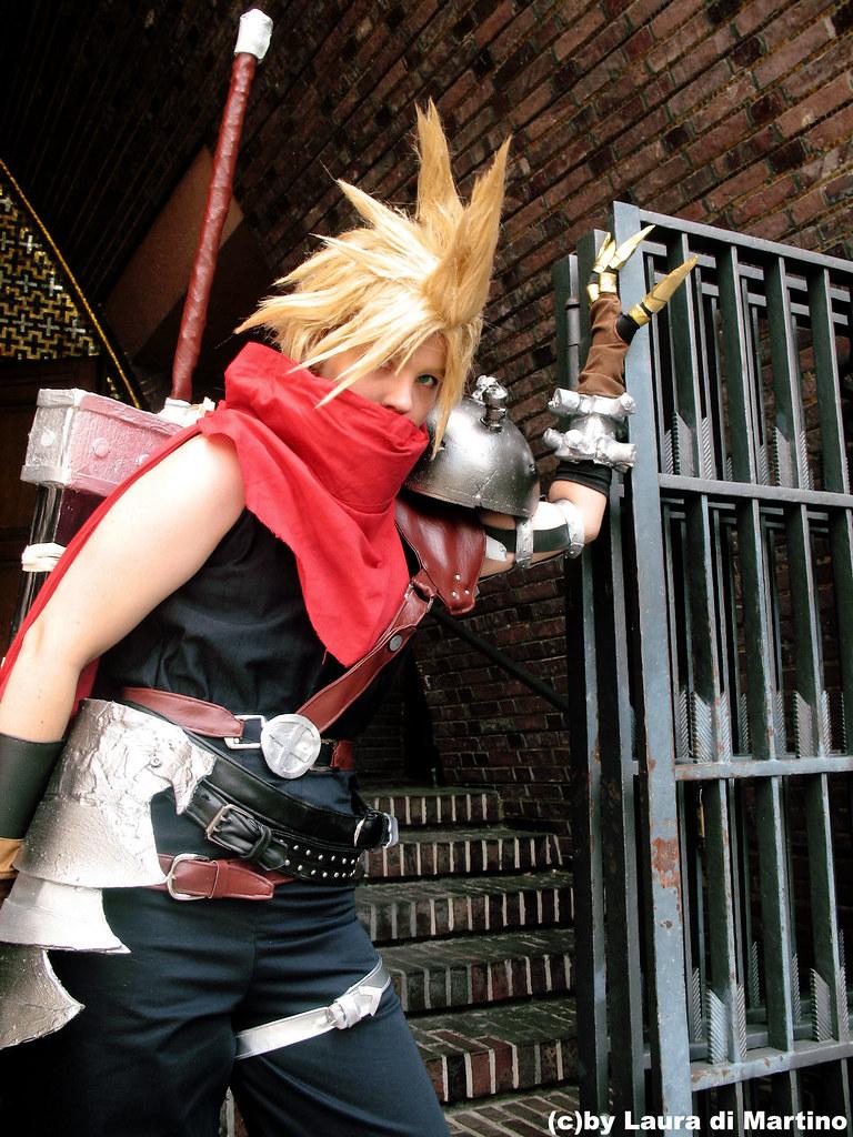 Cloud Kingdom Hearts Cosplay