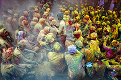 The Holy Gathering ( Poras Chaudhary) Tags: india public colors yellow festival haze colorful crowd covered holi 2470mm nikond3
