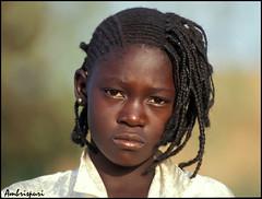 51-Kon suerte. (Ambrispuri) Tags: africa portrait girl look village retrato tribal mali mirada muchacha poblado ríoníger ambrispuri