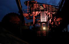 Lost Star (binaryCoco) Tags: light red rot industry night dark licht nacht flash hannover blitz industrie gravel dunkel strobe gravelpit kies kiesgrube hemmingen kieskuhle kiesteich