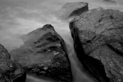 rock4 (carlwrightphotos) Tags: longexposure sky white black photoshop high nikon waves tide taken using skegness cs3 cokin nd4 d80 nd8converted