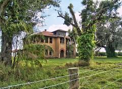 Popash School 11 (tantrum_dan) Tags: county abandoned florida olympus hdr shool e500 hardee wauchula popash tantrumdan