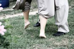 Lezioni di Tango (dilestar) Tags: party verde green feet grass digital canon eos 350d dance movement tango movimento festa prato piedi lessons ballo lezioni canoniani