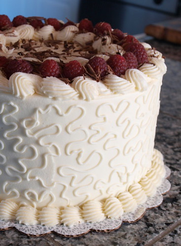 Raspberry and Chocolate Ganache Cake with White Chocolate Buttercream ...