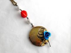 Windsong Locket necklace