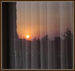 730.-Ocaso reflejado (SILVIA O.G.) Tags: chile santiago ventana reflejo onlythebestare silviaog cffaa