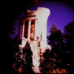 something has obstructed the flow (einarbrochjohnsen) Tags: france la xpro diana trophy augustus auguste turbie trophe autaut