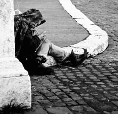 Impietoso sguardo - Pitiless gaze (Stefano Mazzoni) Tags: poverty bw italy white black rome roma reflection verde green ball sadness mirror nikon energy italia loneliness bn explore sguardo hate minimalismo gaze nero minimalist eni specchio tristezza energia palla povert riflesso entropia enel solitudine d300 biano nital odio pitiless esplora stefanomazzoni nikond300 impietoso stefano485