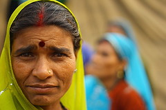 green veil | Kolkata (arnabchat) Tags: street portrait woman india color green face look lady eyes women dof bokeh expression candid streetphotography favs kolkata bengal calcutta bangla pilgrims westbengal canon400d arnabchat arnabchatterjee gangasagartransitcamp kwsgangasagarcamp110109
