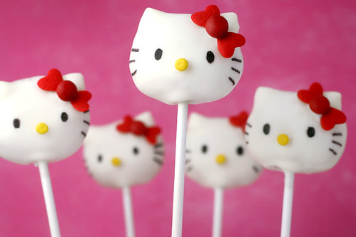 hello kitty cake pops - photo #1