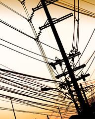 the power in bangkok (jonathan sander) Tags: urban lines silhouette thailand 350d asia power bangkok l 1740mm