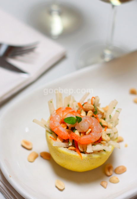 Jicama salad in lemon shell - Gỏi củ sắn nước