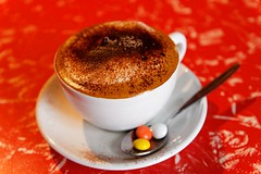20090515-66-Latte at Zippy Central Cafe in Rotorua (Roger T Wong) Tags: newzealand food restaurant rotorua latte canonefs1755mmf28isusm canon1755 canoneos50d zippycentralcafe