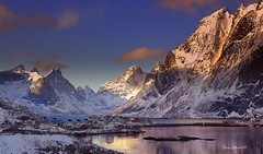 Reine (steinliland) Tags: photo amazing group photogroup the digitalcameraclub abigfave theunforgettablepictures turioffersya wonderworldgallery