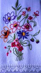 Adoro bordar !! (soniapatch) Tags: flowers handmade embroidery crochet bordado crochê panodeprato clothwasher