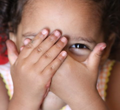 OneEye (peculiarpics) Tags: portrait children childportrait naturallightportrait portraitbusiness