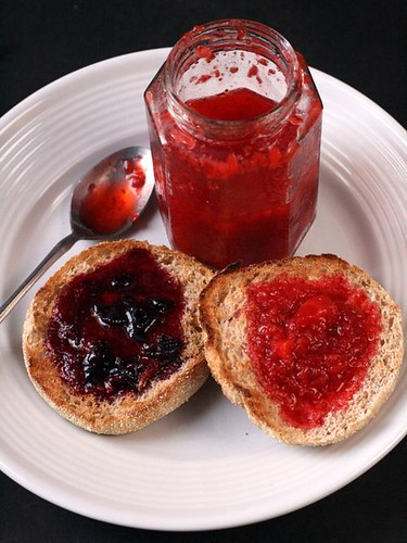 Can You Freeze a Glass Jar of Jelly?