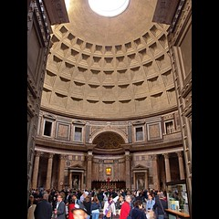Pantheon (dranidis) Tags: light italy rome roma architecture temple daylight ancient italia doors hand roman pantheon olympus tourists dome rotunda zuiko oculus 43 dimitris ancientrome fourthirds zuiko35mm e520  zuiko1442mm  olympuse520 gimp26  dranidis dimitrisdranidis