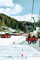pila - Aosta (MASAR_omar) Tags: 18 في شمال مدينة إلى وهو يحتاج جبال ايطاليا منتجع يقع دقيقة اعلى بيلا بالتلفريك أوستا للتزلج