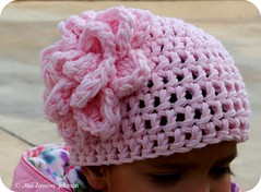 S' winter beanie (*mia*) Tags: pink flower wool hat crochet beanie hdc bighead january2009