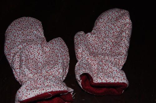 Fifi needed mittens