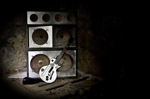 Cây guitar điện có xuất xứ như thế nào?