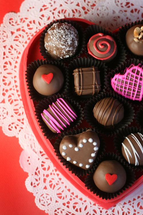 A Valentine S Day Gift Box Of Bakerella Com