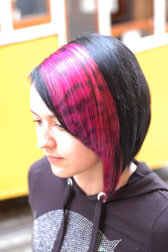 hair color pink and black