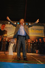 DSC_6349 (RufiOsmani) Tags: macedonia change albanian elections 2009 kombi osmani gostivar rufi shqip flamuri maqedoni gjuha rufiosmani zgjedhje ndryshime politike