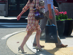 Crossing the Street (pokoroto) Tags: street people urban woman man feet japan bag spring shoes crossing legs april  ps fukuoka crosswalk 2009 kyushu  4   uzuki 21