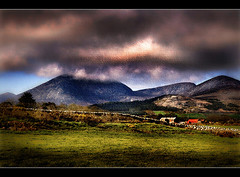 Oh, Mary, This London's A Wonderful Sight (Glenbourne At Home) Tags: colour texture countryside frames skies song northernireland softfocus soe mountians warmlight countydown mountainsofmourne tonemapping annalong colourblending platinumphoto theunforgettablepictures kingdomofmourne vanagram percyfrenchsong