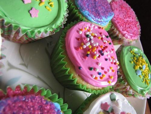 making cupcakes 6