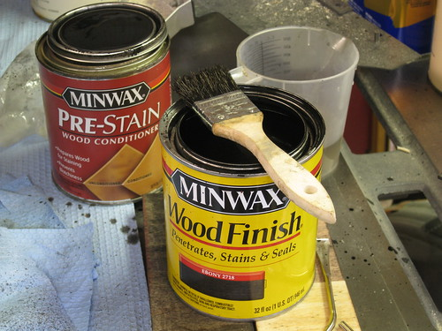 Minwax Ebony 2718 stain and pre-stain cans