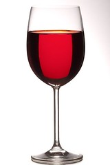 Wine glass (bright field) (david.kittos) Tags: red glass wine brightfield strobist lightscience
