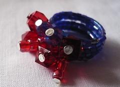 Anillo rojo y azul (Bazar BiendeOjo) Tags: anillos