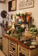 Vintage & Vogue (Romantic Home) Tags: plants paris clock rooster oldworld pottingtable