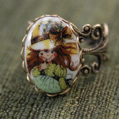 DSC__0355.JPG (elisabiffy_volts) Tags: vintage handmade jewelry hobby holly retro ring cameo etsy brass filigree ragtrader ragtradervintage