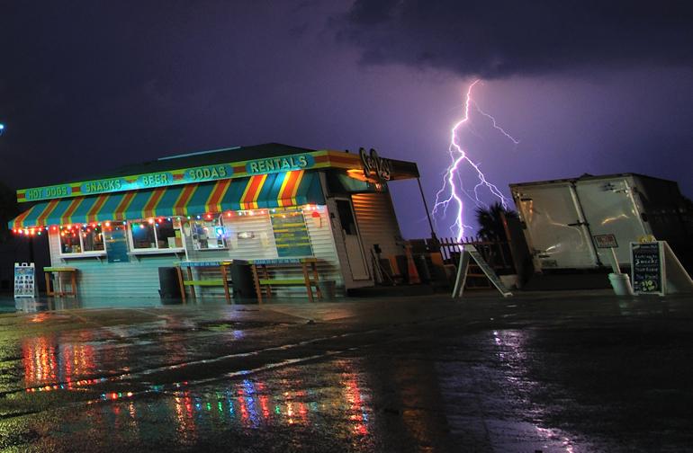 pier_lightning_0069