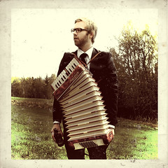(karlerikbrondbo) Tags: portrait selfportrait beer norway lillehammer accordian maninsuit karlerikbrndbo