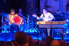 They Might Be Giants, kids show, Regent Theatre, Arlington MA, 23 May 2010 (Chris Devers) Tags: show music rock arlington john ma concert nikon massachusetts performance theymightbegiants rockroll tmbg 2010 johnflansburgh johnlinnell danmiller bostonist regenttheatre martybeller dannyweinkauf arlingtonma universalhub cameranikond50 exif:exposure_bias=0ev exif:exposure=02sec15 exif:focal_length=50mm exif:aperture=f18 camera:make=nikoncorporation exif:flash=offdidnotfire camera:model=nikond50 exif:lens=50mmf18 lastfm:event=1546405 meta:exif=1274726842 exif:orientation=horizontalnormal exif:filename=dscjpg exif:vari_program=auto exif:shutter_count=44241 meta:exif=1350398183
