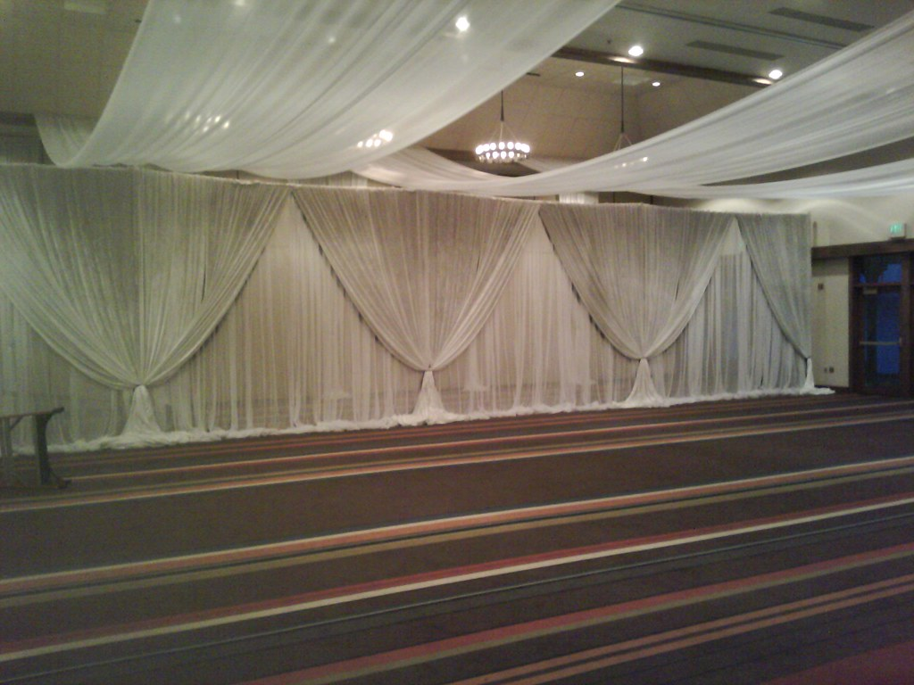 hyatt chiffon wall in white