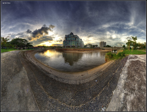 1st Pano + Verto + HDR - The Mall