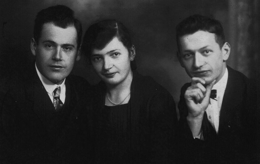 links Viktor Fischer mit seiner Frau Emmy 1931