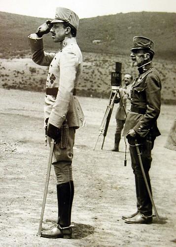 Alfonso XIII en el campamento de Ballesteros (Toledo) el 7 de junio de 1916. Foto Rodríguez