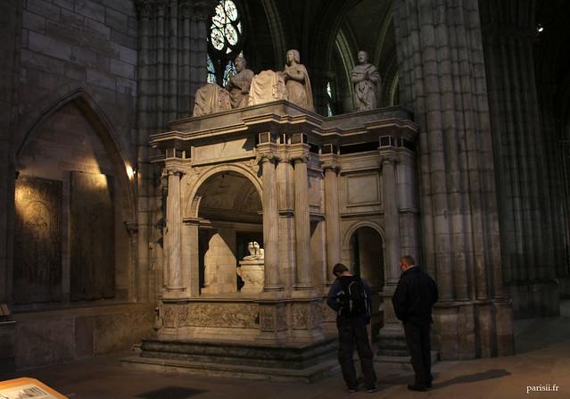 Le tombeau de François Ier, un splendide Arc de Triomphe