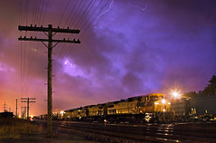 CNW Duo Under Lighning Skies (Travis Dewitz - Dewitz Photography) Tags: wisconsinthunderstorms